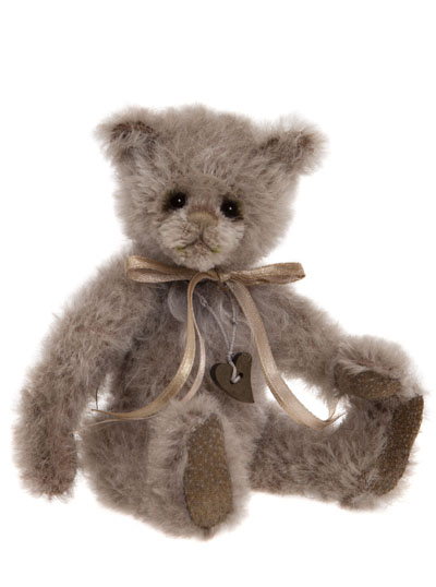 Charlie Bears Heartstrings Minimo Collection